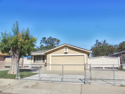 Lodi Single Family Home For Sale: 838 Woodrow Street