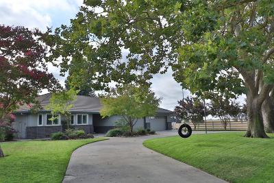 Lodi Single Family Home For Sale: 17400 Bowser Road