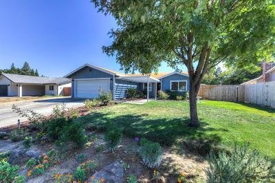 Citrus Heights Single Family Home For Sale: 8220 Prime Way