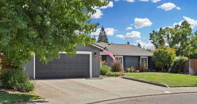 Lodi Single Family Home For Sale: 907 Dorchester Circle
