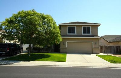 Manteca CA Single Family Home For Sale: $450,000