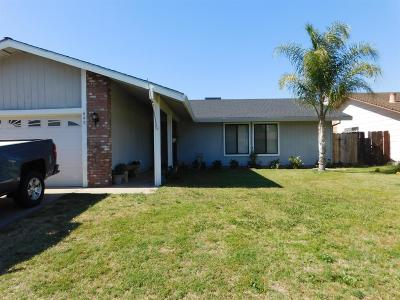 Atwater Single Family Home For Sale: 543 East Holly Avenue