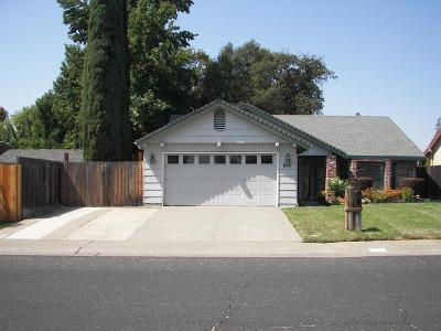 Roseville Single Family Home For Sale: 811 Trimble Way