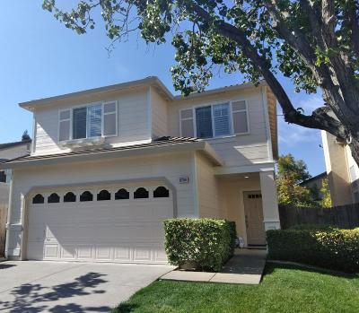 Elk Grove CA Single Family Home For Sale: $398,500