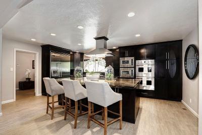 Sacramento County Single Family Home For Sale: 408 Hopkins Road