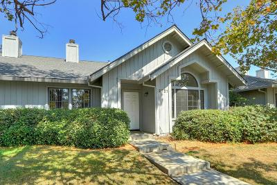 Davis Single Family Home For Sale: 2721 Lillard Drive
