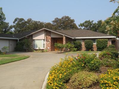 Rancho Cordova Single Family Home For Sale: 2305 West La Loma Drive