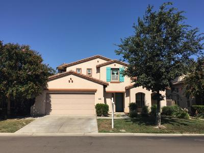 Stockton Single Family Home For Sale: 5910 Riverbank Circle