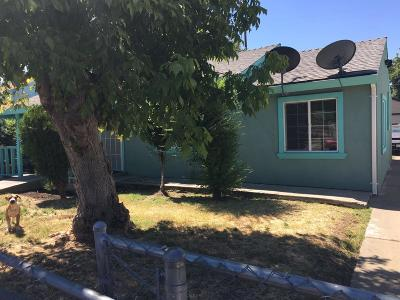 Sacramento Single Family Home For Sale: 2900 34th Avenue