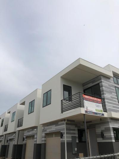 Sacramento Single Family Home For Sale: 2545 34th Street