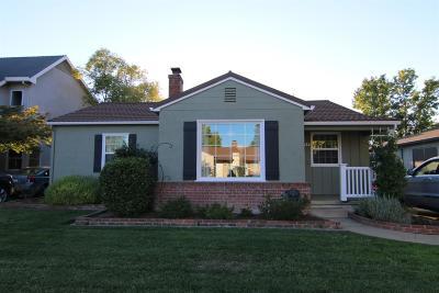 Sacramento Single Family Home For Sale: 424 Lagomarsino Way