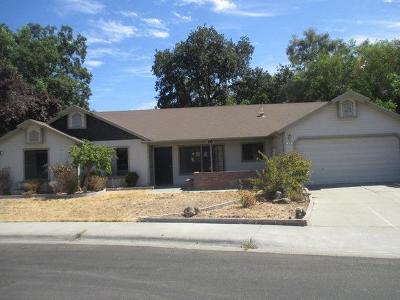 Woodland Single Family Home For Sale: 274 Cascade Street