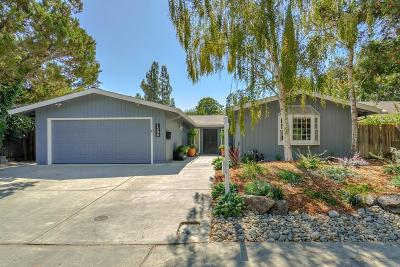 Davis Single Family Home For Sale: 1208 Auburn Drive