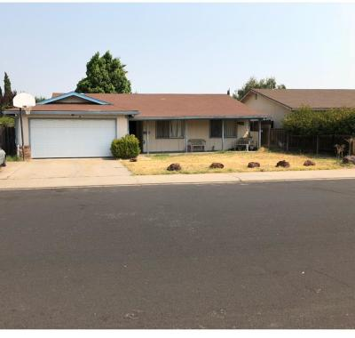 Manteca Single Family Home For Sale: 437 Parkwood Dr.
