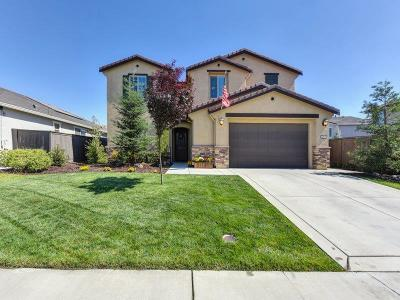 Roseville Single Family Home For Sale: 4008 Chuckwagon Way