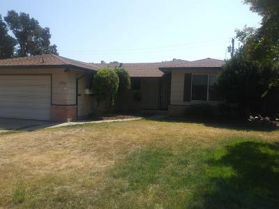 Sacramento CA Single Family Home For Sale: $325,000
