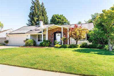 Sacramento Single Family Home For Sale: 3145 Ellington Circle