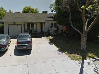 Stockton Single Family Home Active Short Sale: 2118 West Sonoma Avenue