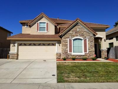 Elk Grove Single Family Home For Sale: 9053 Tillander Way