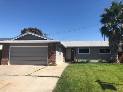 Stockton Single Family Home For Sale: 213 Cordova Lane