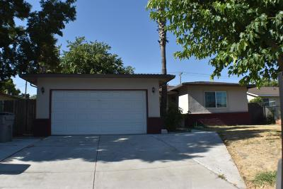 Sacramento Single Family Home For Sale: 1417 69th Ave