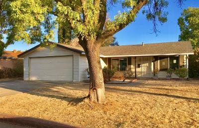 Sacramento Single Family Home For Sale: 5650 Seyferth Way