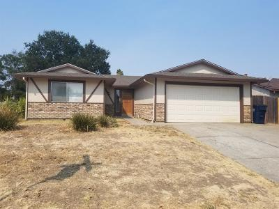 Sacramento Single Family Home For Sale: 8358 Lancraft