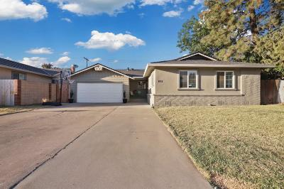 Single Family Home For Sale: 811 Cardinal Street
