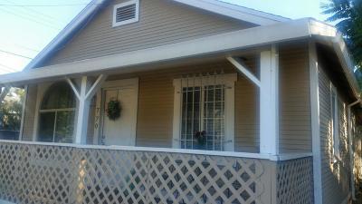 Sacramento Single Family Home For Sale: 770 Calvados Avenue