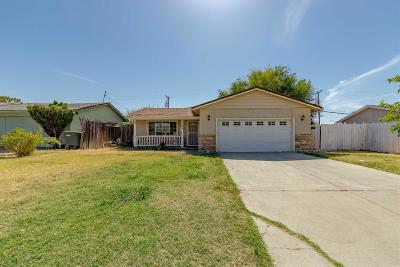 Sacramento Single Family Home For Sale: 148 Fairbanks