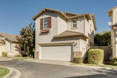 Sacramento Single Family Home For Sale: 491 Natalino Circle