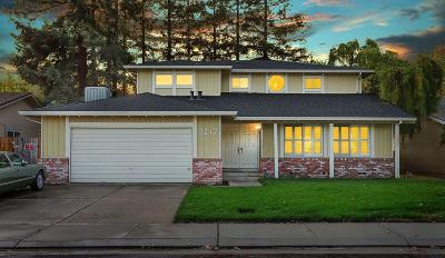 Single Family Home For Sale: 7217 Trousdale