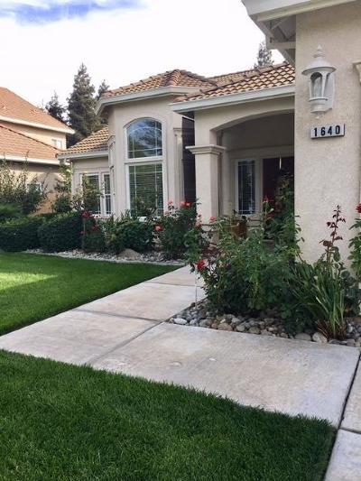 Turlock Single Family Home For Sale: 1640 Heathernoel Way