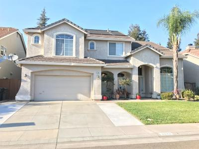 Elk Grove Single Family Home For Sale: 8786 White Peacock Way