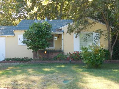 West Sacramento Single Family Home For Sale: 215 11th