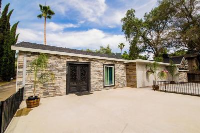 Sacramento Single Family Home For Sale: 5333 Hackberry Lane