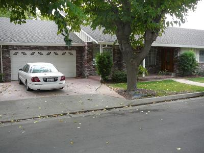 Gustine Single Family Home For Sale: 487 Carolyn