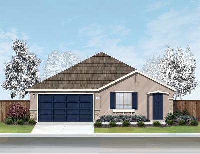 Elk Grove Single Family Home For Sale: 8511 Crimson Clover Circle