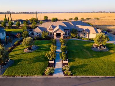 Merced Single Family Home For Sale: 2145 Leeward Court