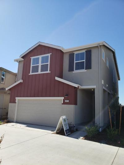 Single Family Home For Sale: 4015 Beechcraft Way
