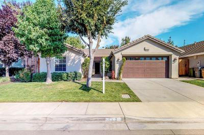 Lodi Single Family Home For Sale: 112 Boxwood Court