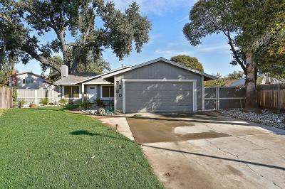 Sacramento Single Family Home For Sale: 3350 Dusty Court