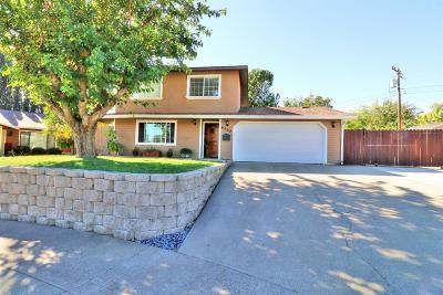 Sacramento Single Family Home For Sale: 6000 Pinafore Court