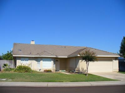 Lockeford Single Family Home For Sale: 14675 Manzanita Way