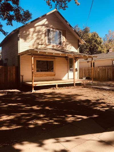 Davis, Woodland Single Family Home For Sale: 111 College Street