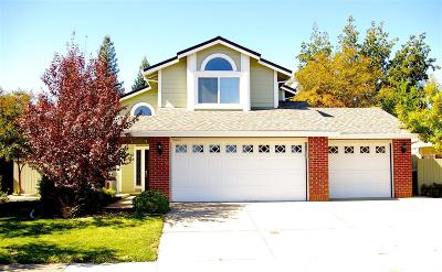 Elk Grove Single Family Home For Sale: 9463 Crowell Drive