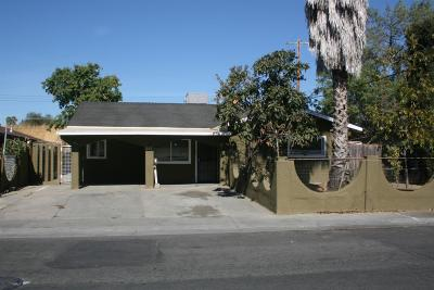 Sacramento Single Family Home For Sale: 273 Arcade Boulevard
