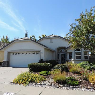 Roseville Single Family Home For Sale: 7131 Dream Inn Lane