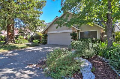 Rocklin Single Family Home For Sale: 5213 Fairway Court