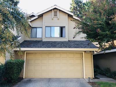 Sacramento Single Family Home For Sale: 2066 University Park Drive